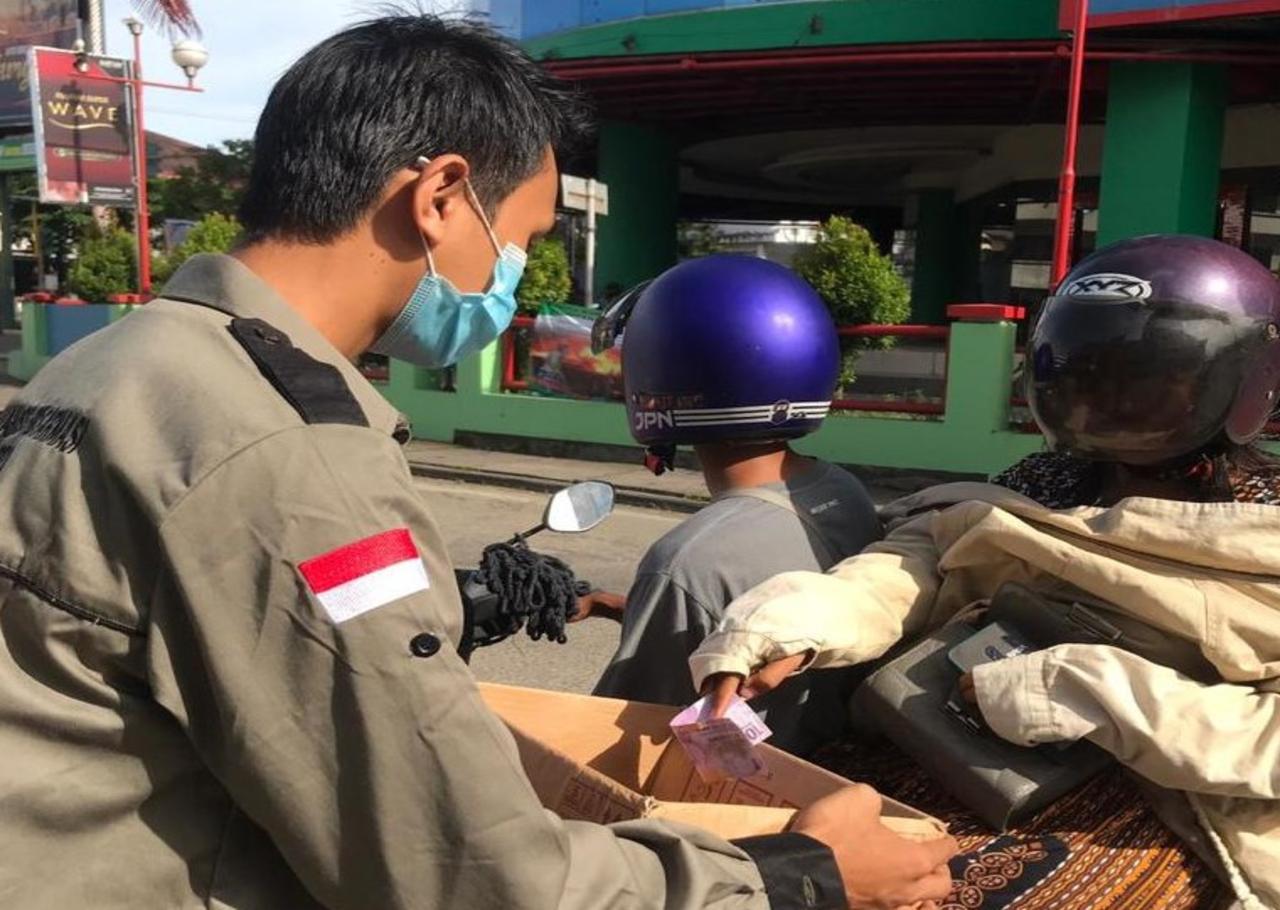 HIMAPRO-FARM bantu Korban Bencana Bajir di Kalsel dan Gempa Bumi di Sulawesi Barat